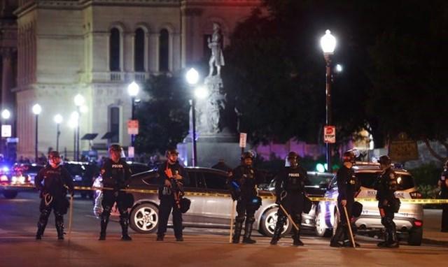 Hiện trường vụ nổ súng. (Nguồn: courier-journal.com).