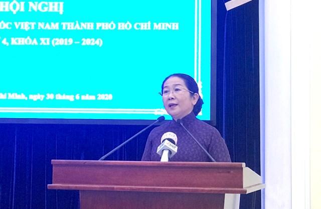 Phó Bí thư Thành ủy TP HCM Võ Thị Dung phát biểu tại Hội nghị.