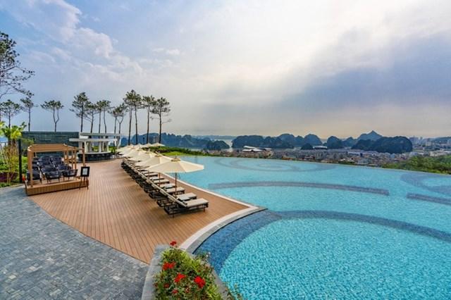 Trải nghiệm Yoga khác biệt tại những khu nghỉ dưỡng hàng đầu Việt Nam - Ảnh 1