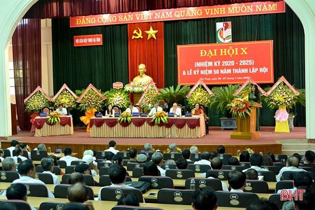 Hội Liên hiệp Văn học Nghệ thuật Hà Tĩnh khai mạc Đại hội X, nhiệm kỳ 2020 - 2025. Ảnh: Báo Hà Tĩnh.