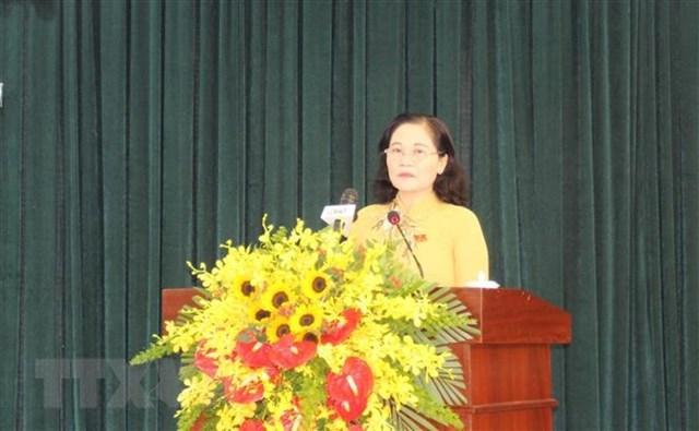 Phó Bí thư Thành ủy, Chủ tịch Hội đồng nhân dân Thành phố Hồ Chí Minh Nguyễn Thị Lệ phát biểu khai mạc Kỳ họp. (Ảnh: Mỹ Phương/TTXVN).