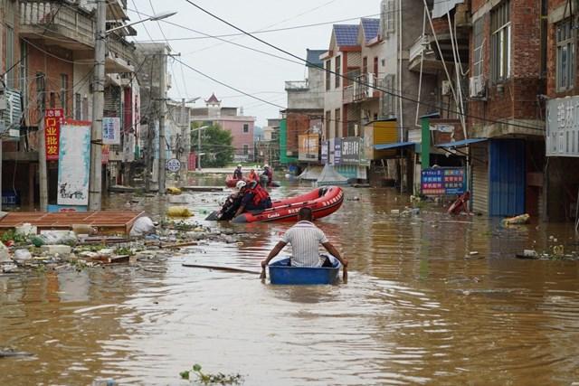 Tỉnh Giang Tây bị ảnh hưởng nghiêm trọng bởi lũ lụt (Ảnh: SCMP).
