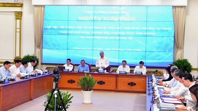 Thủ tướng Chính phủ Nguyễn Xuân Phúc làm việc với TPHCM chiều 20/7.