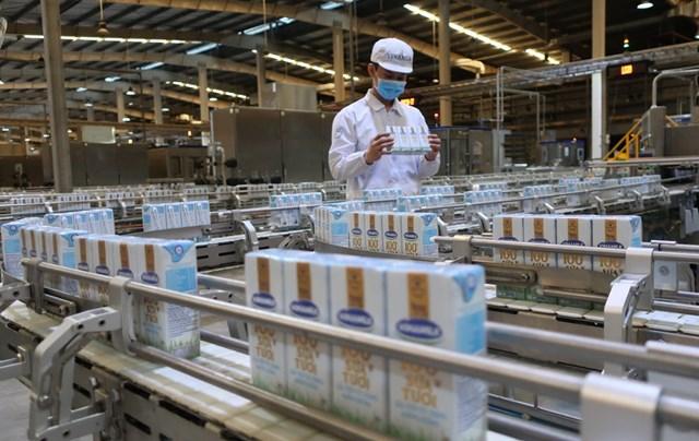 Vinamilk luôn chú trọng đầu tư công nghệ sản xuất hiện đại và không ngừng sáng tạo, đem đến cho người tiêu dùng những giải pháp dinh dưỡng mới, có chất lượng quốc tế.