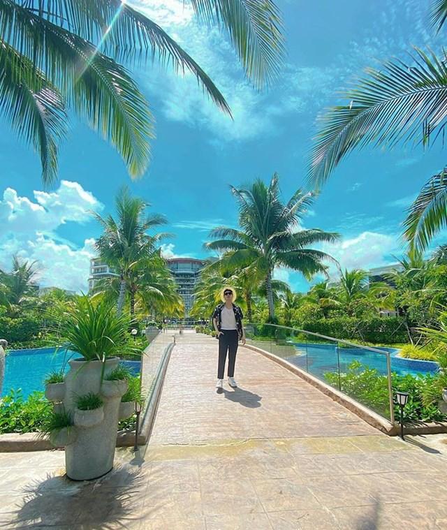 Noo Phước Thịnh đăng tải hình ảnh tại Phú Quốc.
