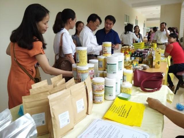 Người tiêu dùng tỉnh Yên Bái ưu tiên sử dụng hàng trong tỉnh do người dân tự làm ra.