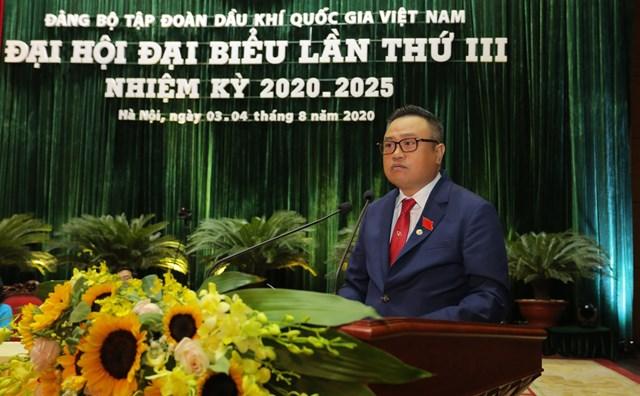 ÔngTrần Sỹ Thanh phát biểu tại đại hội.