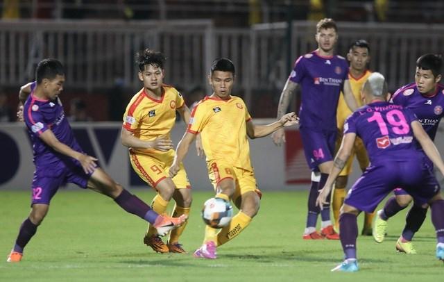 Nếu bỏ giải V-League, đội Thanh Hoá sẽ bị đánh rớt xuống hạng Ba. (Ảnh: Anh Hải).