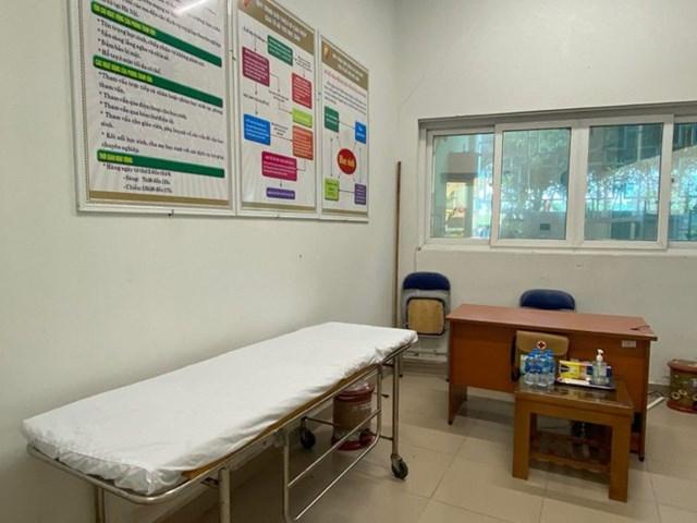 Điểm thi này chuẩn bị phòng cách ly, phòng trường hợp thí sinh ốm, sốt.