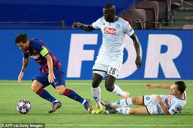 Messi rực sáng, Barcelona hạ Napoli, vào tứ kết Champions League - Ảnh 2