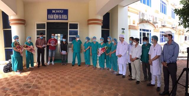 Hai bệnh nhân nhiễm Covid-19 ở Quảng Ngãi khỏi bệnh, xuất viện sáng 12/8.