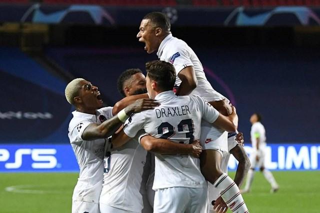 Cận cảnh PSG ngược dòng khó tin, giành vé bán kết Champions League - Ảnh 13
