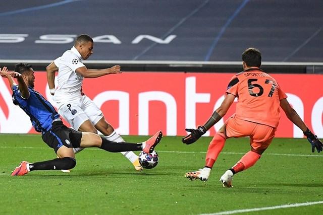 Cận cảnh PSG ngược dòng khó tin, giành vé bán kết Champions League - Ảnh 9