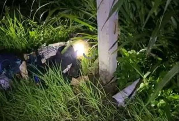 Hiện trường vụ tai nạn khiến 2 người tử vong tại chỗ.