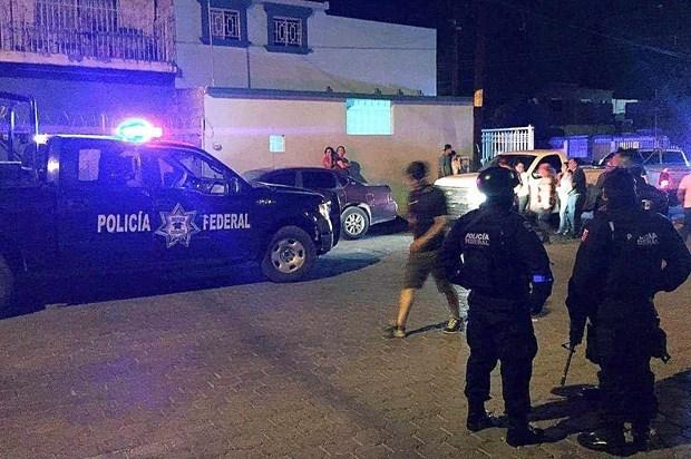 Cảnh sát nhanh chóng có mặt tại hiện trường. (Ảnh: THX).