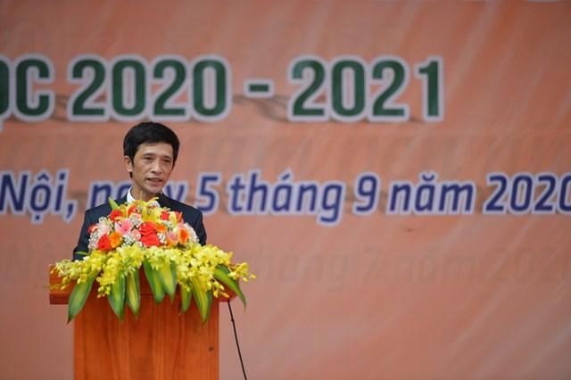 Khai giảng nhanh gọn giữa mùa Covid-19 ở ngôi trường THPT tự chủ duy nhất tại Hà Nội - Ảnh 12