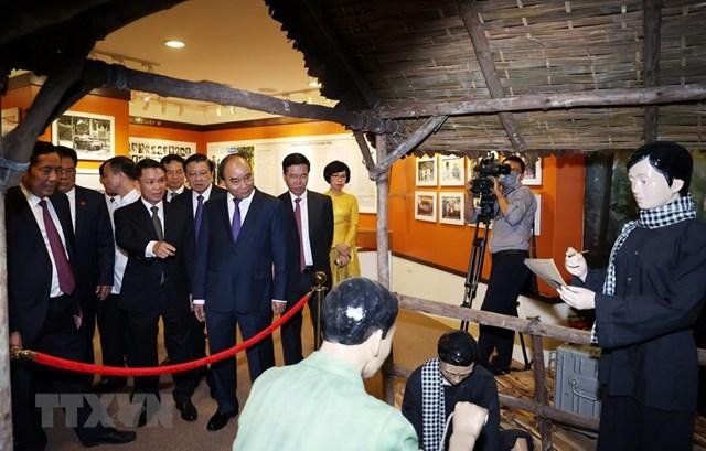 [ẢNH]Thủ tướng Nguyễn Xuân Phúc dự Lễ kỷ niệm 75 năm Ngày thành lập TTXVN - Ảnh 12
