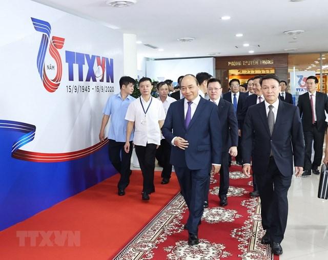 [ẢNH]Thủ tướng Nguyễn Xuân Phúc dự Lễ kỷ niệm 75 năm Ngày thành lập TTXVN - Ảnh 2
