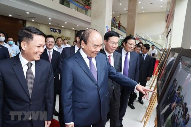 [ẢNH]Thủ tướng Nguyễn Xuân Phúc dự Lễ kỷ niệm 75 năm Ngày thành lập TTXVN - Ảnh 10