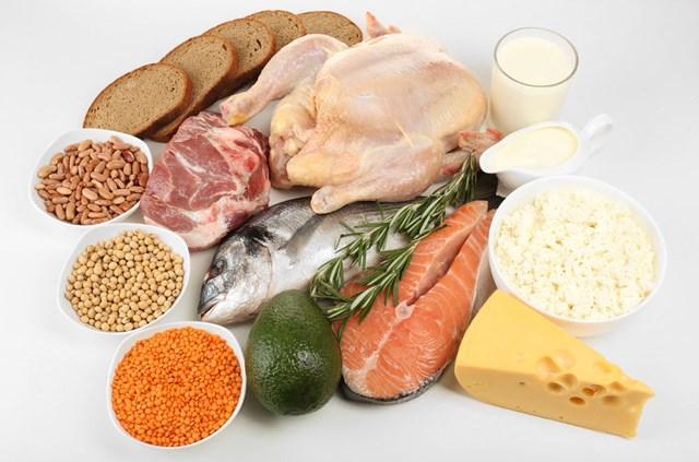 Có thể làm tăng mức serotonin của cơ thể bằng chế độ ăn giàu tryptophan.
