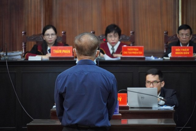 Bị cáo Nguyễn Thành Tài khai việc ký nhiều văn bản trái luật là do muốn đẩy nhanh tiến độ thực hiện dự án, đảm bảo những gì có lợi nhất cho Nhà nước.