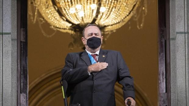 Tổng thống Guatemala mắc Covid-19, tình hình ở Italy xấu đi - Ảnh 1