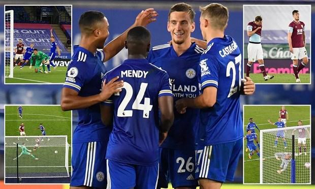Leicester City lên ngôi đầu Premier League. (Nguồn: Daily Mail).