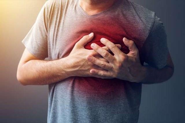 Những dấu hiệu 'đỏ' cảnh báo cơn đau tim - Ảnh 1