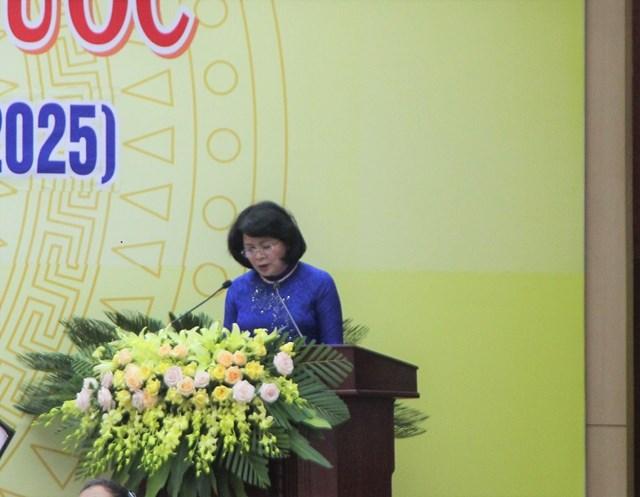 Bà Đặng Thị Ngọc Thịnh, Phó Chủ tịch nước phát biểu tại Đại hội.