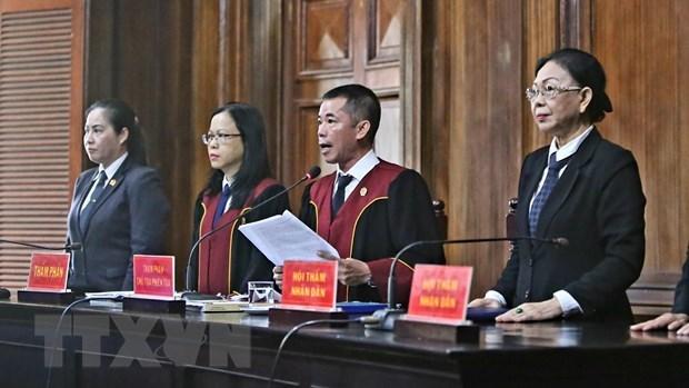 Hội đồng xét xử tuyên đọc bản án. Ảnh: TTTXVN.