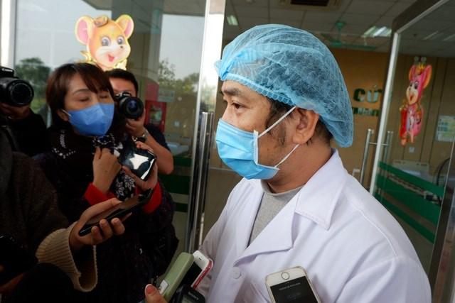 """Bác sĩ Nguyễn Trung Cấp được tặng danh hiệu """"Công dân Thủ đô ưutú"""" năm 2020."""