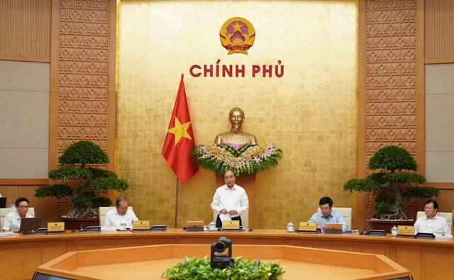Thủ tướng Nguyễn Xuân Phúc chủ trì phiên họp Chính phủ tháng 9/2020. Ảnh: VGP.