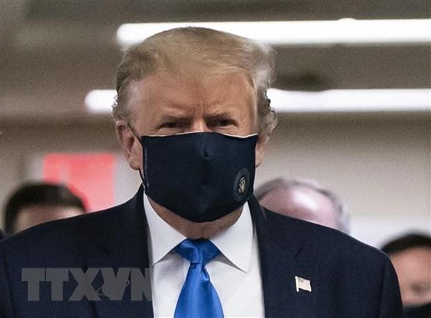 Tổng thống Mỹ Donald Trump tới thăm một Viện quân y tại Bethesda, bang Maryland ngày 11/7/2020. (Ảnh: AFP/TTXVN).