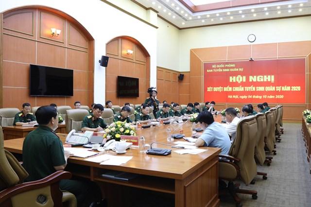 Hội nghị xét duyệt điểm chuẩn tuyển sinh quân sự năm 2020.