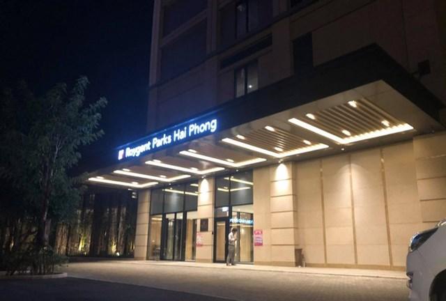 Phong tỏa tầng 5, Khách sạn Roygent Parks tại quận Lê Chân, TP Hải Phòng nơi anh T.K. từng lưu trú.