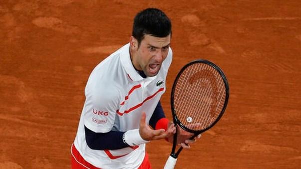 Djokovic ngược dòng giành chiến thắng trước Carreno-Busta.