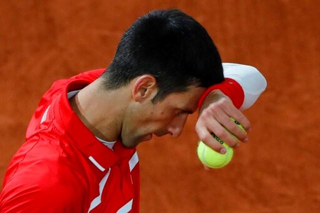 Phong độ của Djokovic được cải thiện dần theo từng set.