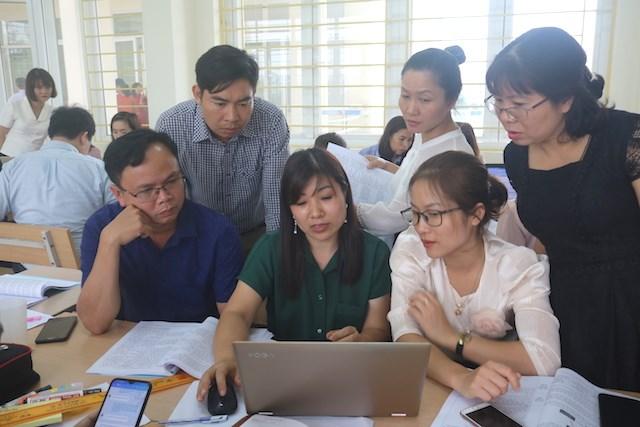 Hơn 400 giáo viên miền núi phía Bắc được bồi dưỡng chương trình mới  - Ảnh 1