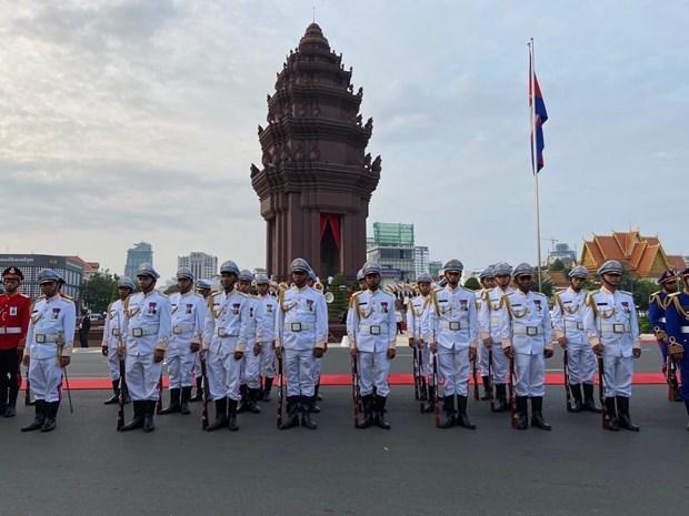 Thủ đô Campuchia và các tuyến biên giới yên bình trong ngày Quốc khánh