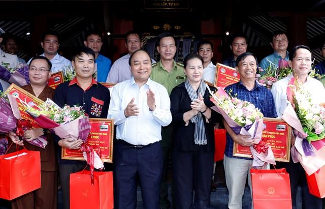 Lãnh đạo Quốc hội, Chính phủ, MTTQ Việt Nam dâng hương tưởng niệm Chủ tịch Hồ Chí Minh - 1
