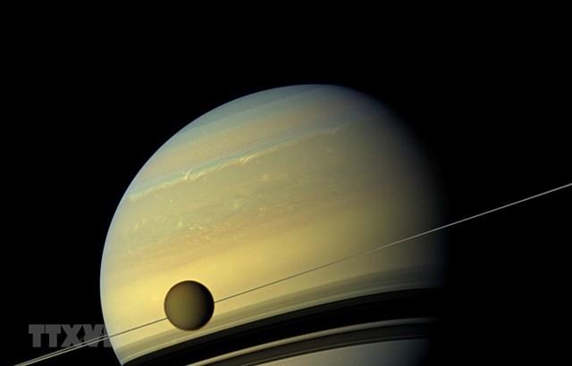 Đột phá mới trong nghiên cứu vũ trụ: Dấu hiệu sự sống trên vệ tinh Titan