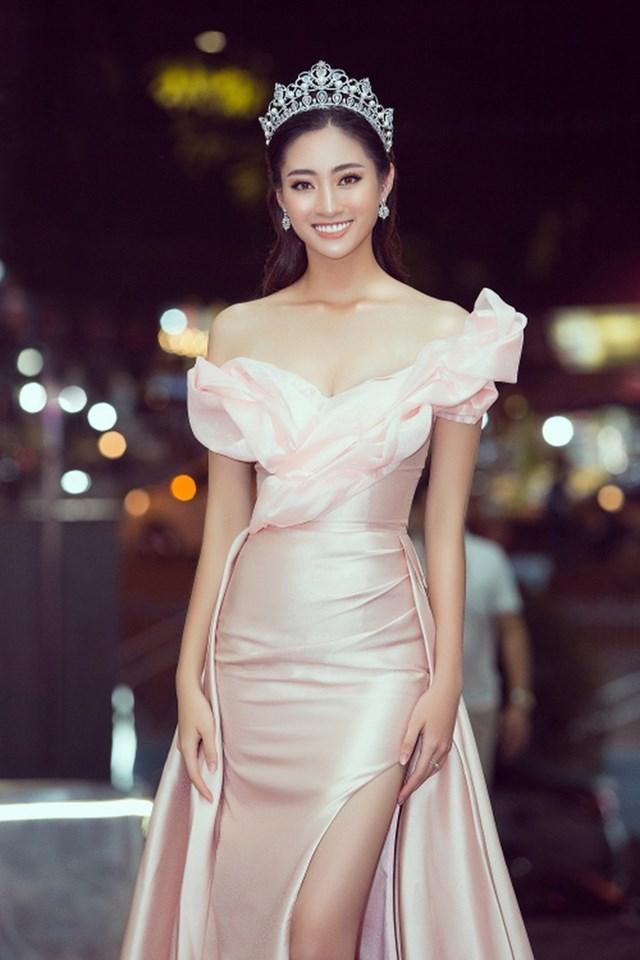 Lương Thùy Linh lọt vào top 12 Hoa hậu Thế giới 2019