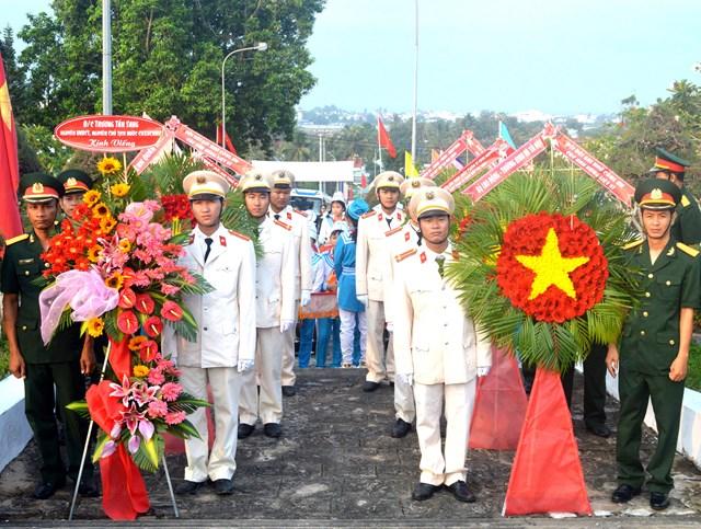 Hơn 1.200 cựu tù Phú Quốc trở về nhà tù xưa