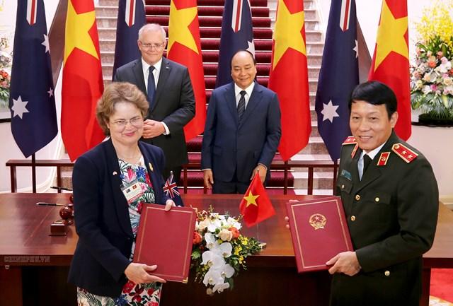 [ẢNH] Thủ tướng Nguyễn Xuân Phúc đón, hội đàm với Thủ tướng Australia - 6