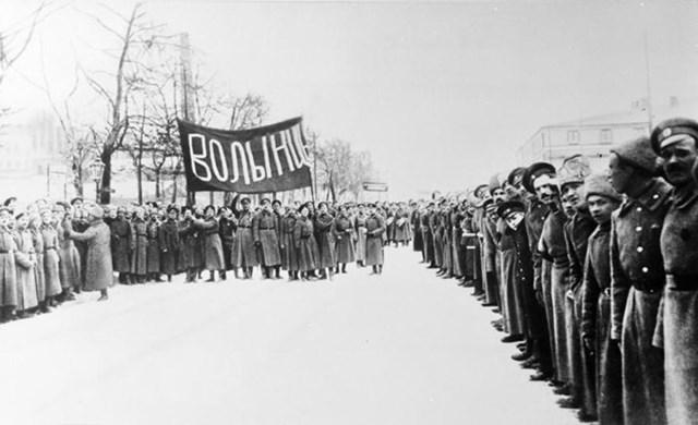 [ẢNH] Cách mạng Tháng Mười Nga - mốc mới trong lịch sử của nhân loại - 4