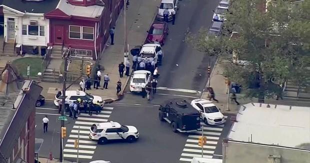 Mỹ: Đấu súng khiến ít nhất 5 cảnh sát nhập viện tại Philadelphia