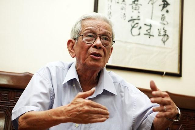 Nhà báo Hữu Thọ (1932-2015) nói về người tài thời hiện đại: Dấn thân và học cách tự bảo vệ mình