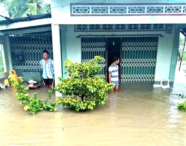 Đồng bằng sông Cửu Long: Giông, lốc xoáy người dân thiệt đơn, thiệt kép