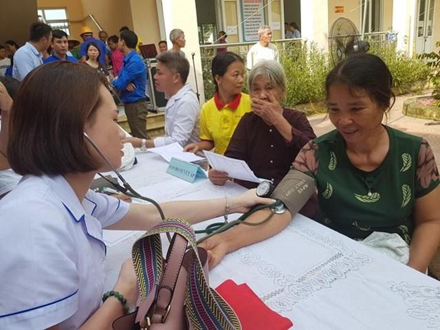 Nâng cao chất lượng chăm sóc sức khỏe cho đồng bào dân tộc - 1