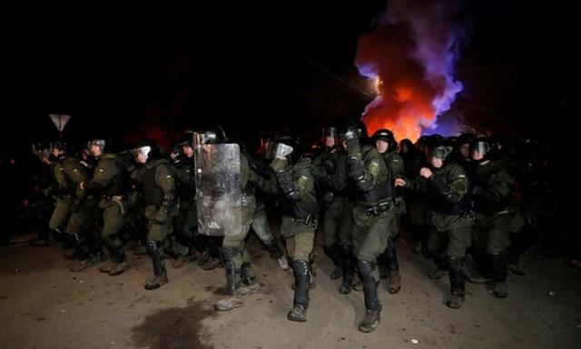 Bộ trưởng Ukraine tự nguyện vào khu cách ly sống với người sơ tán từ Vũ Hán - 1
